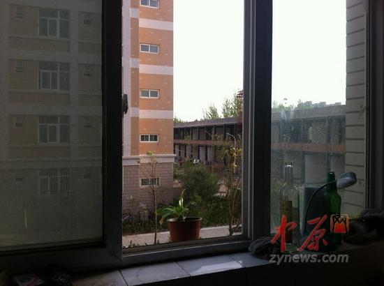 河南工业大学多间宿舍一夜被盗 校方回应丢17台电脑